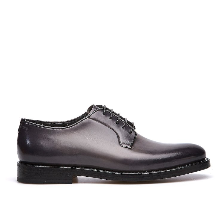 Goodyear Flex lace-up in hand-buffed calf leather