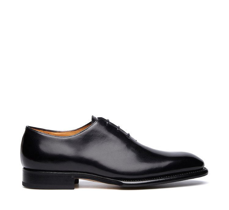 Three-eyelet lace-ups in soft calfskin with Flex Goodyear construction