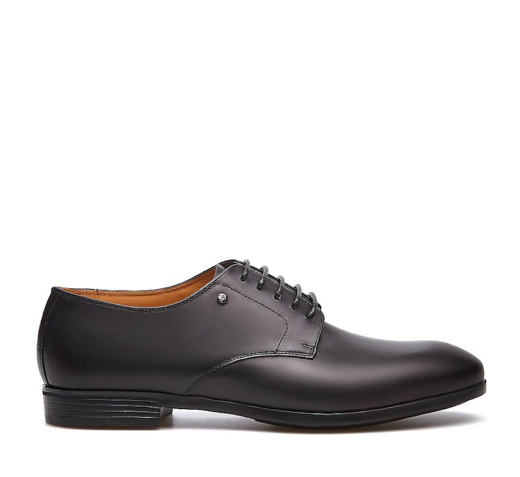 Derby shoe in calf leather
