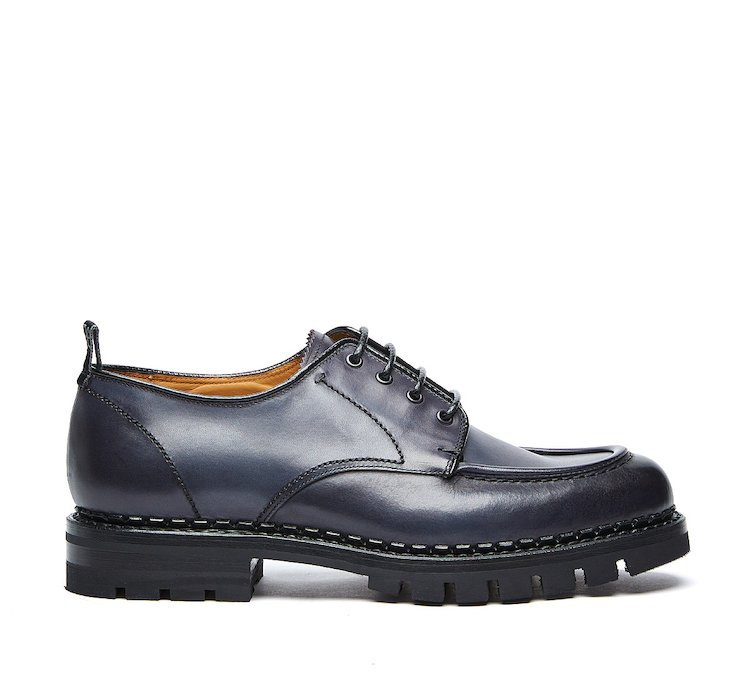 Flex Goodyear lace-ups in luxury calf leather buffed by hand