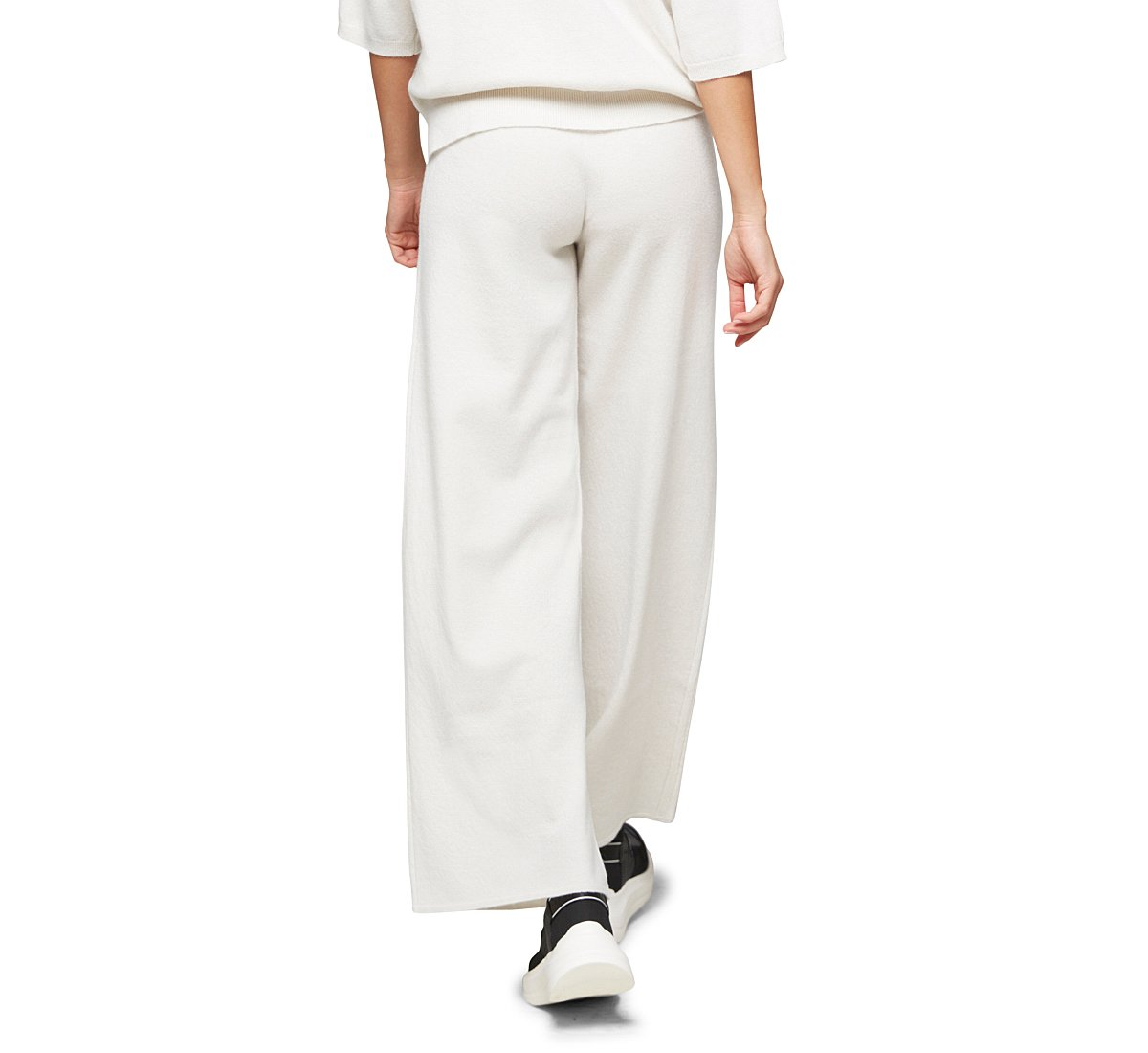 Soft fabric trousers