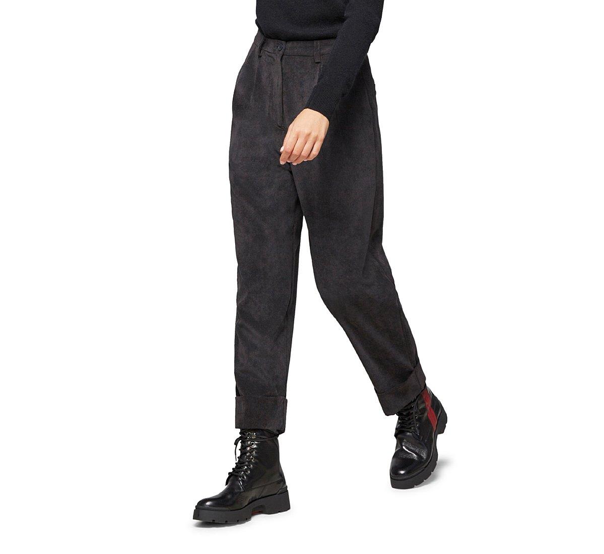 Pantalone oversize a vita alta