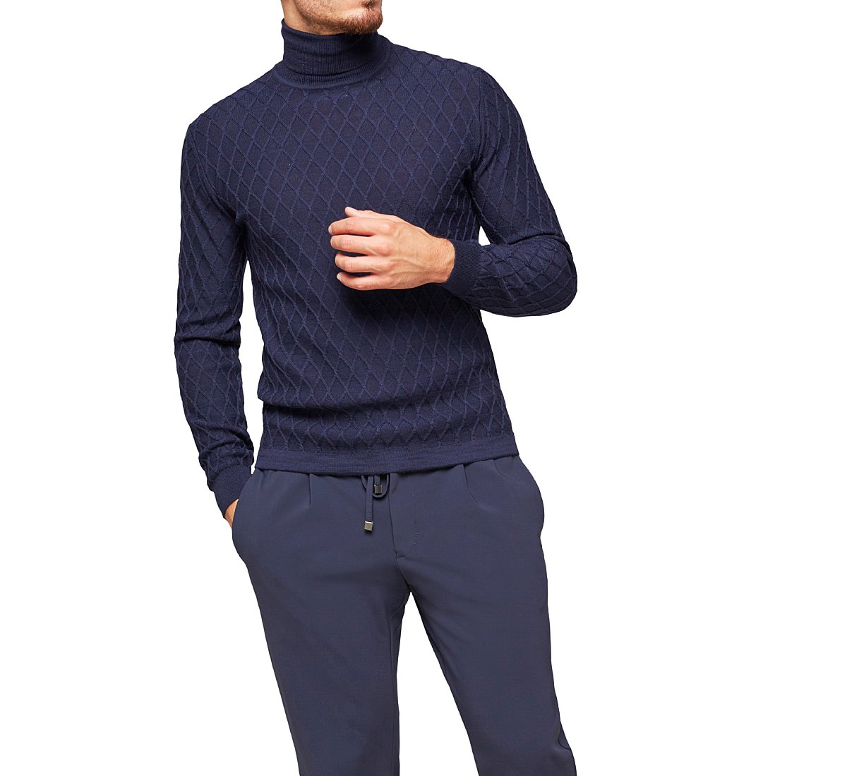 Straight-cut pullover
