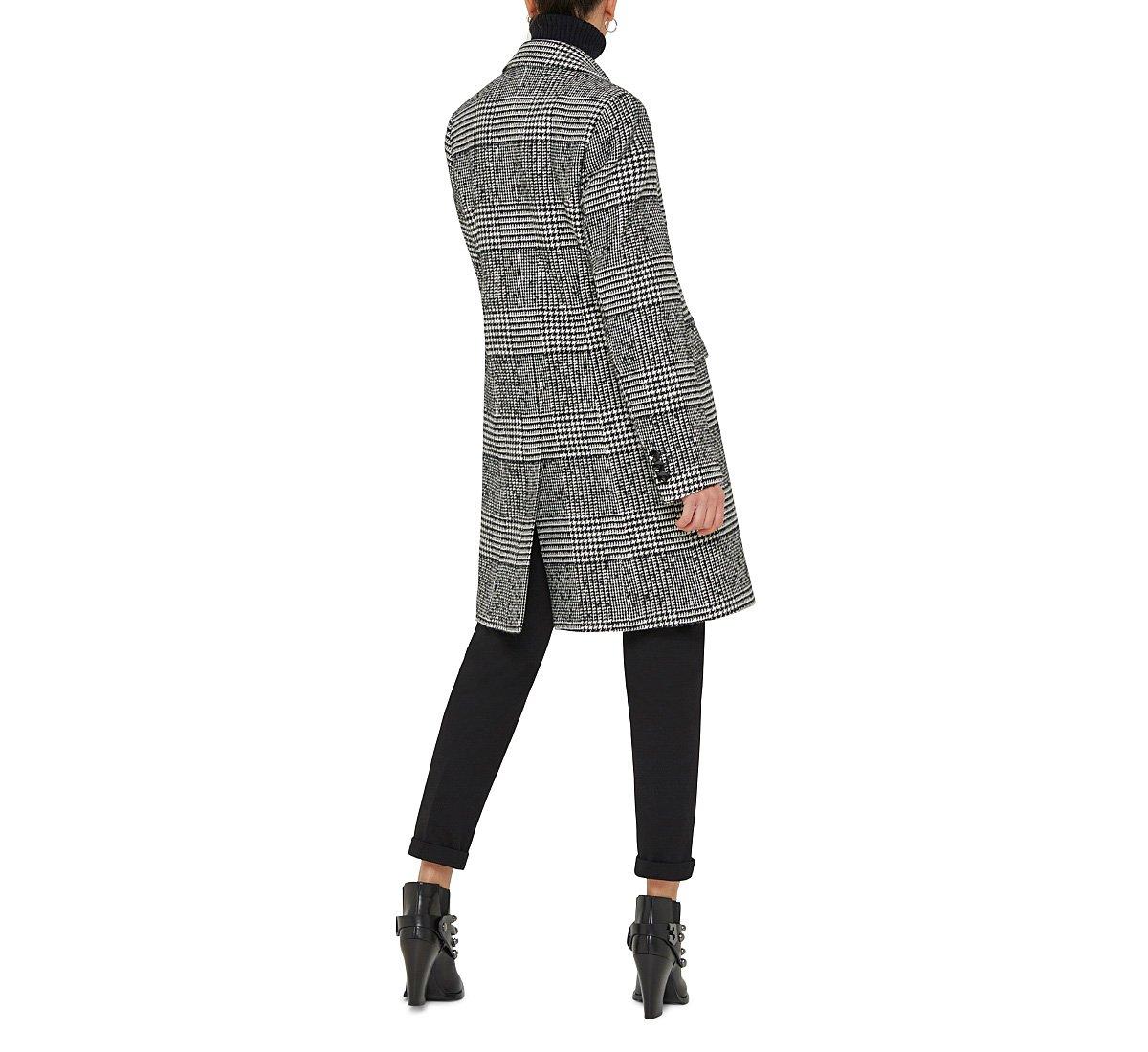 Пальто в клетку