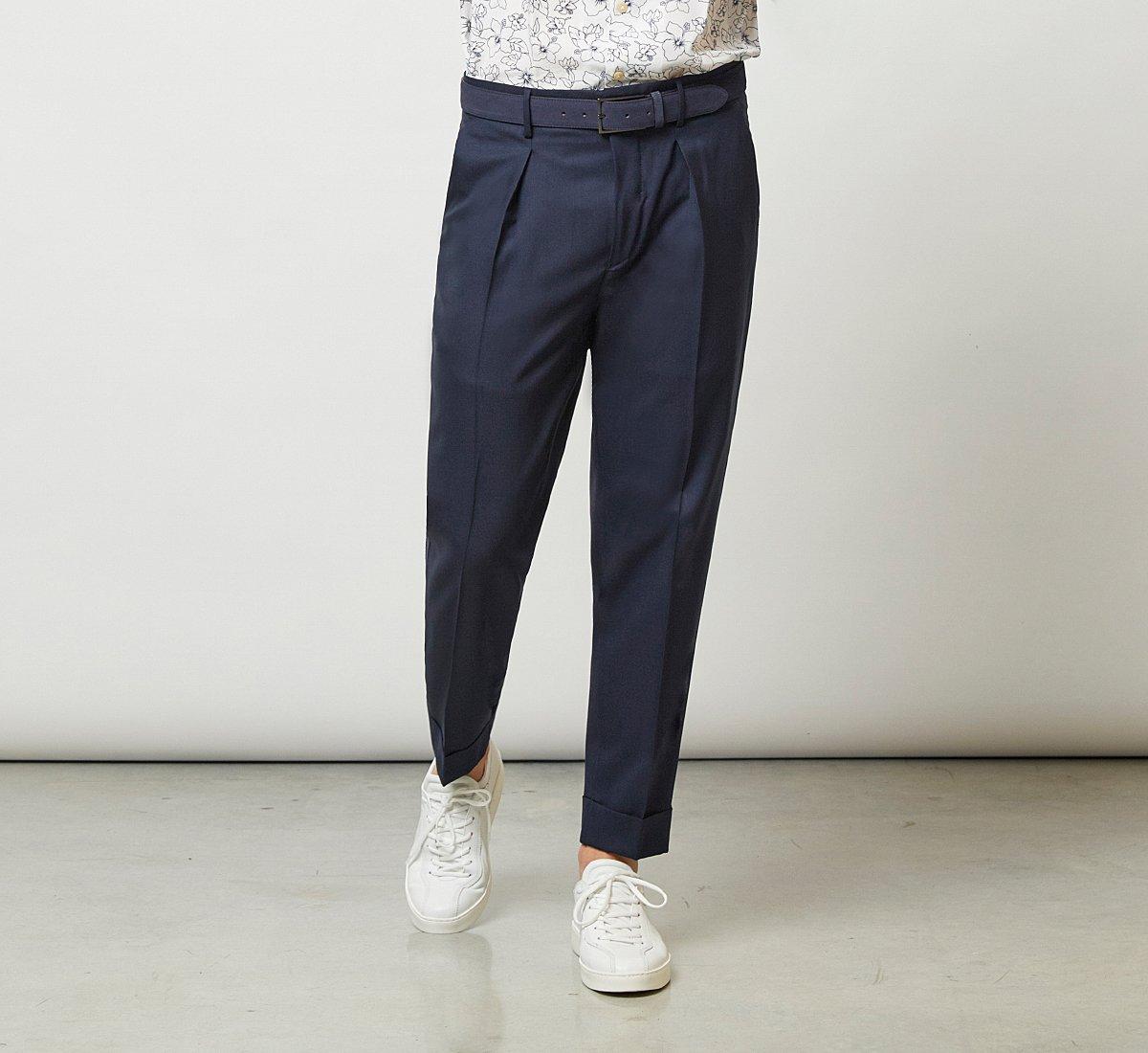 Короткие брюки из ткани