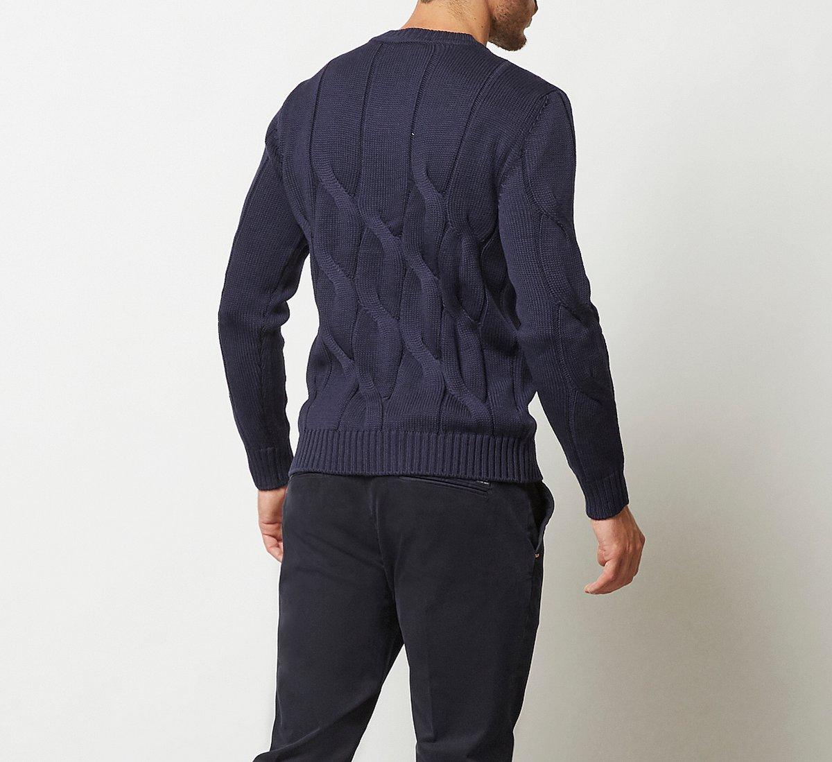 Maglioncino a fantasia in calda lana
