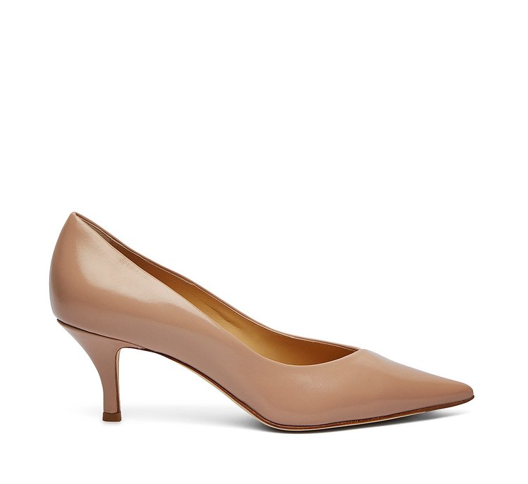 Soft nappa leather pumps
