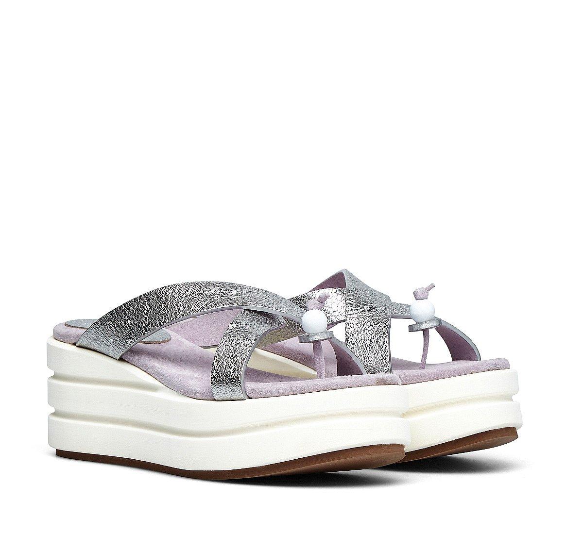 Calfskin platform shoes