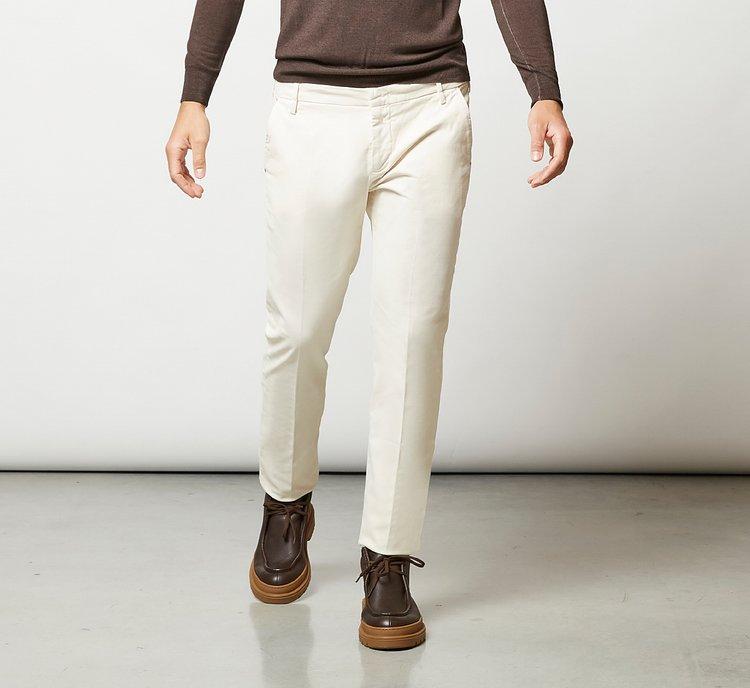 Pantalone taglio classico in lana