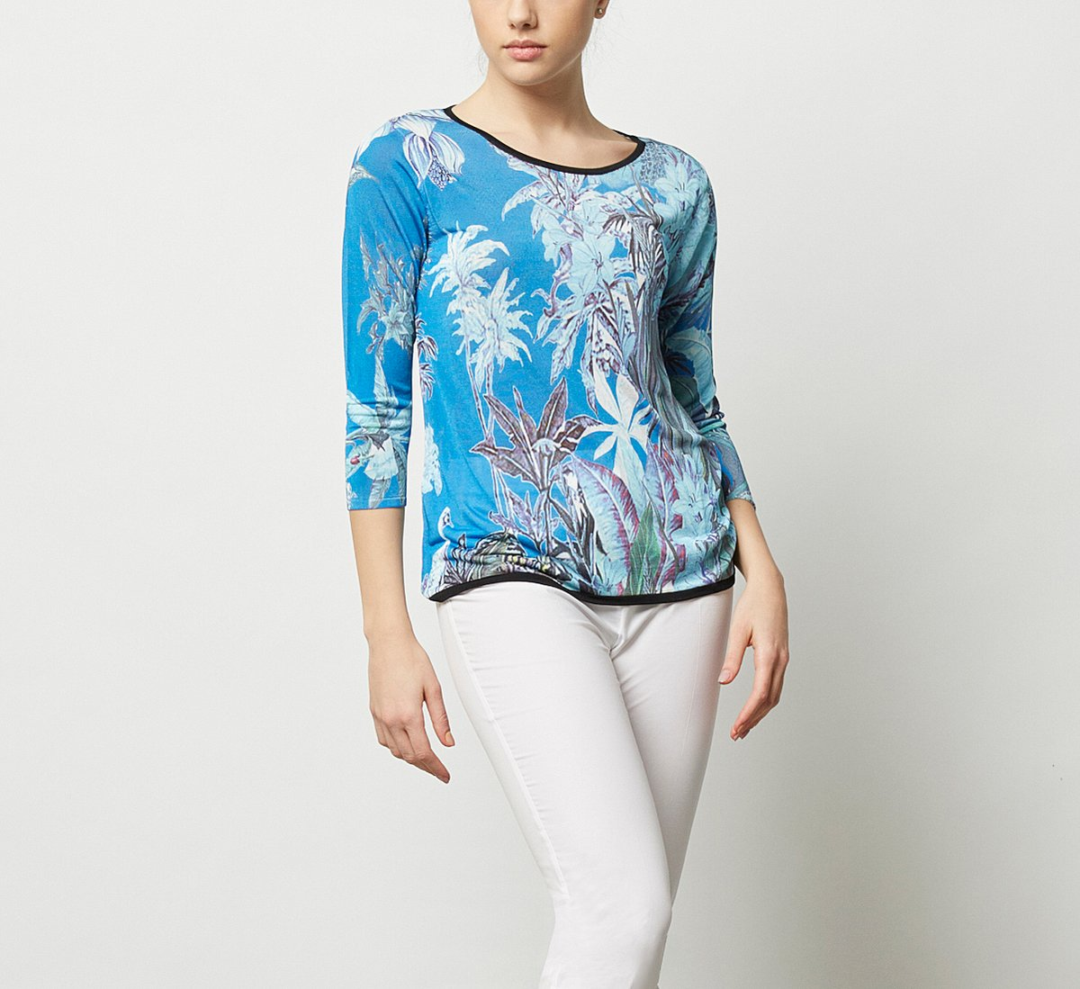 Fabric sweater with floral print