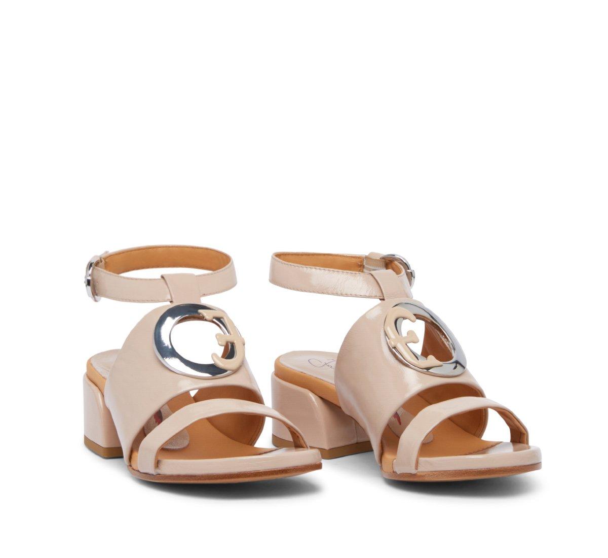 Sandalo Fabi Oblo in morbida vernice