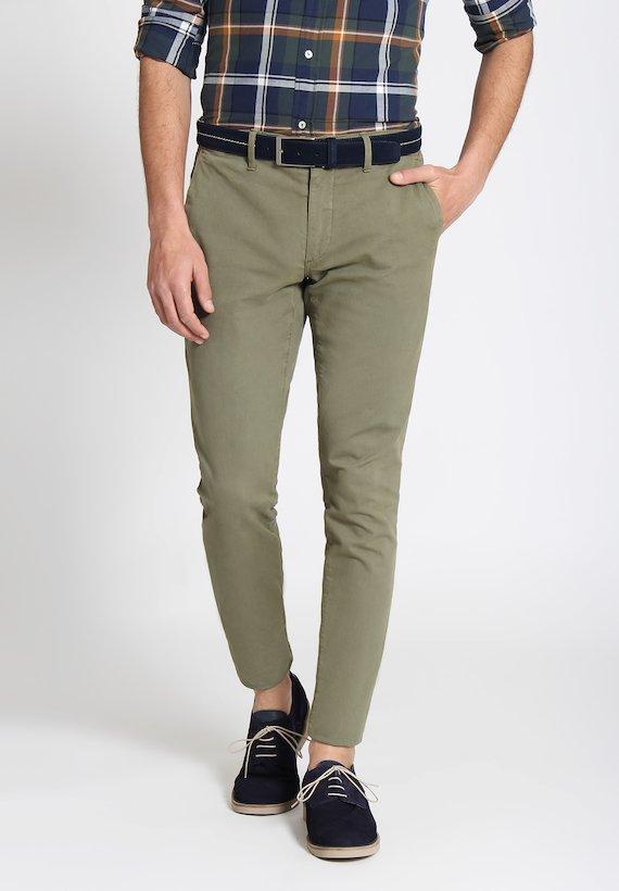 Pantalón chino semi slim