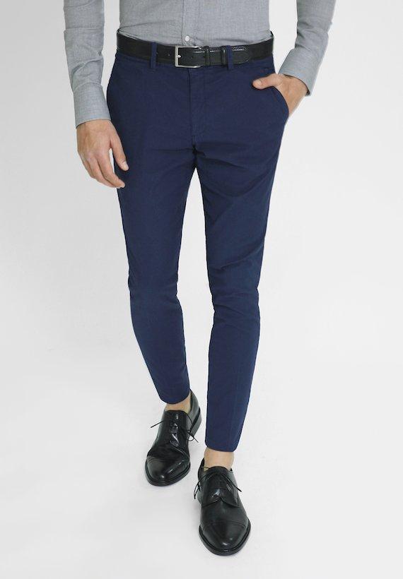 Pantalón chino slim fit de estructura - Azul Tinta