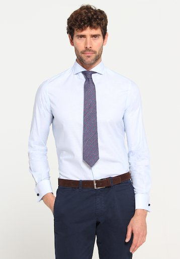 Camisa slim fit mil rayas