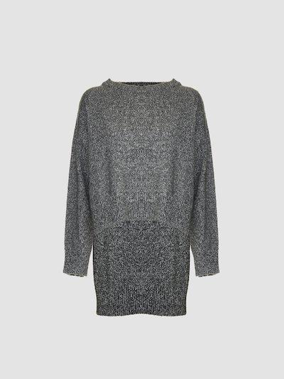 Waist height pullover