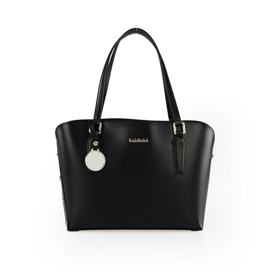 Alice Bag 004