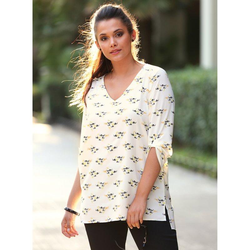 Blusa estampada con manga 3/4 regulable y canesú