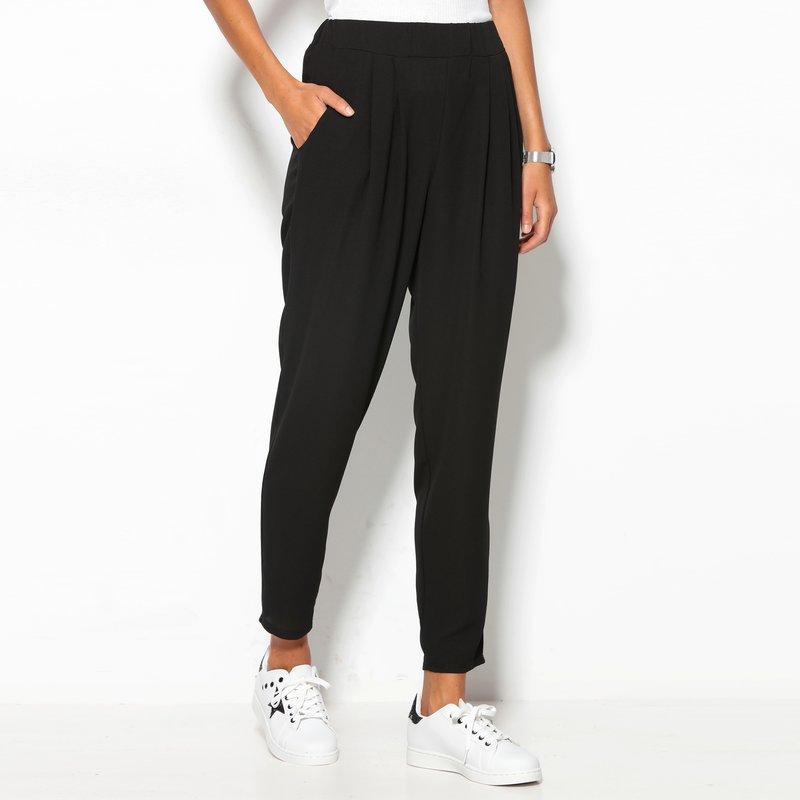 Pantalón largo negro tobillero de mujer con pinzas