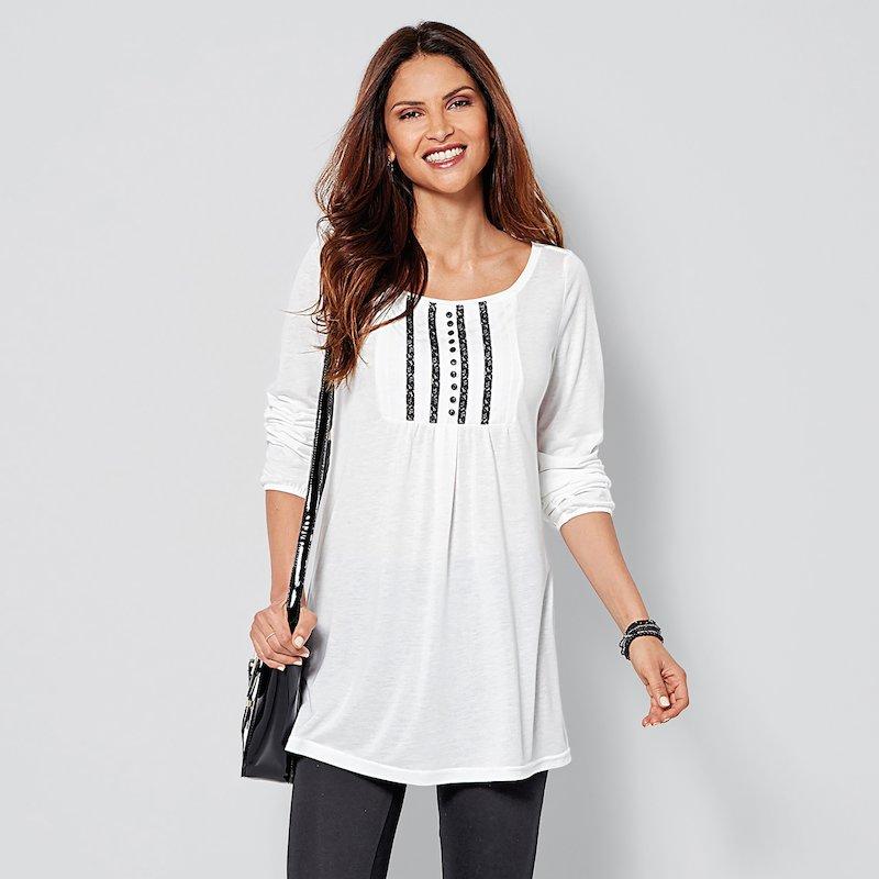 Camiseta larga mujer con aplicaciones de blonda