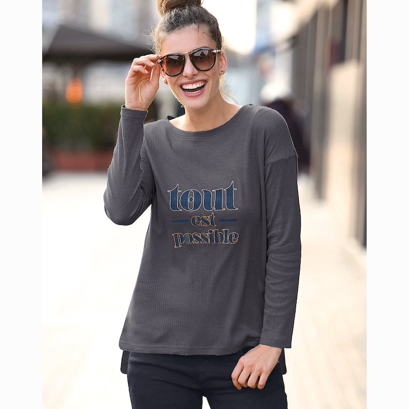 Camiseta manga larga con mensaje metalizado