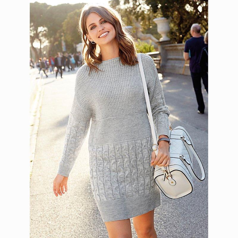 Vestido tricot con punto de fantasía y trenzas