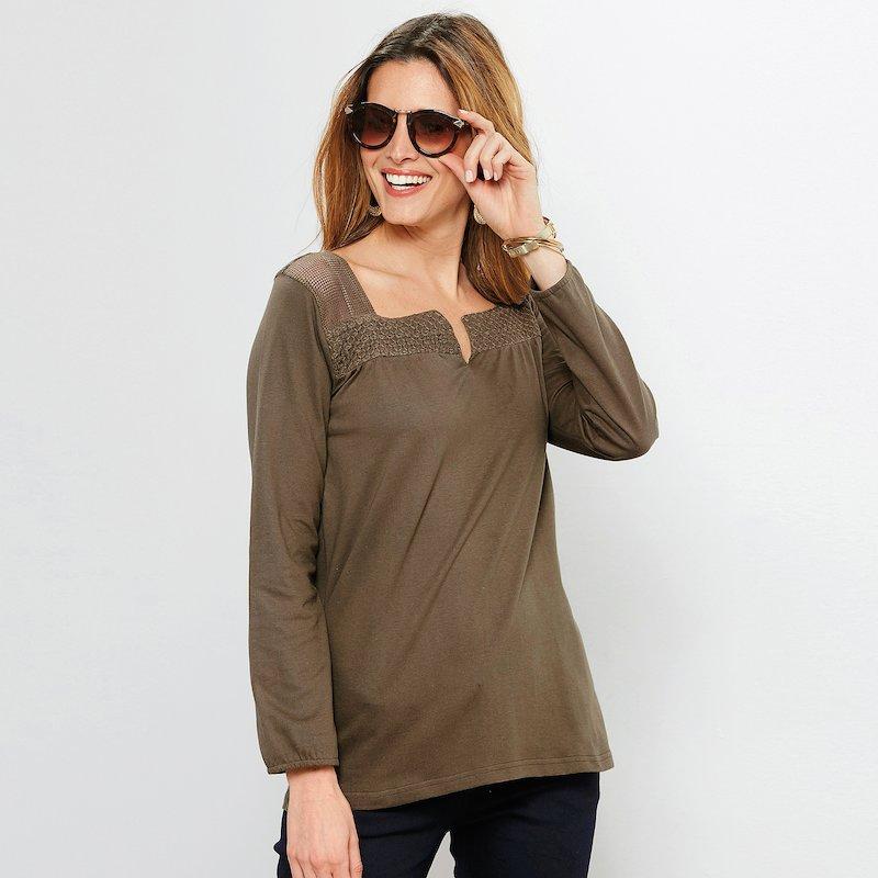 Camiseta de punto con combinación de tejido y rejilla