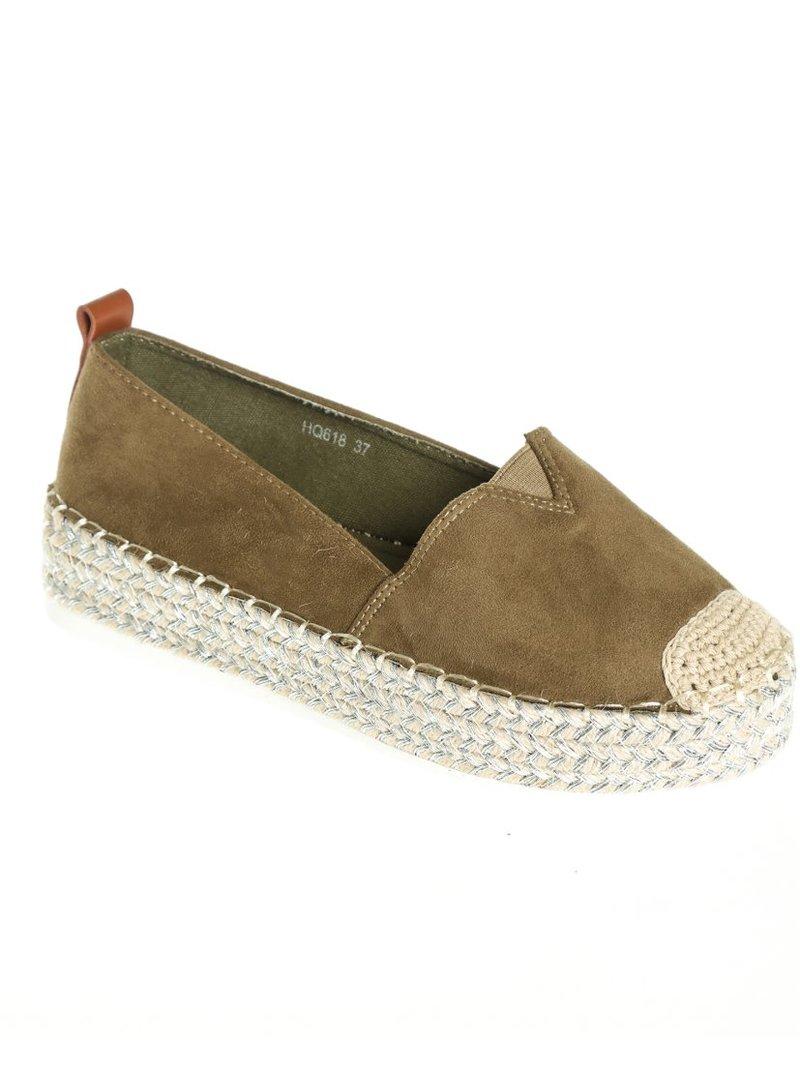 Zapatos de mujer de antelina con plataforma de esparto