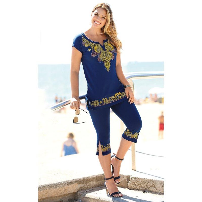 Conjunto de camiseta y pantalón corsario