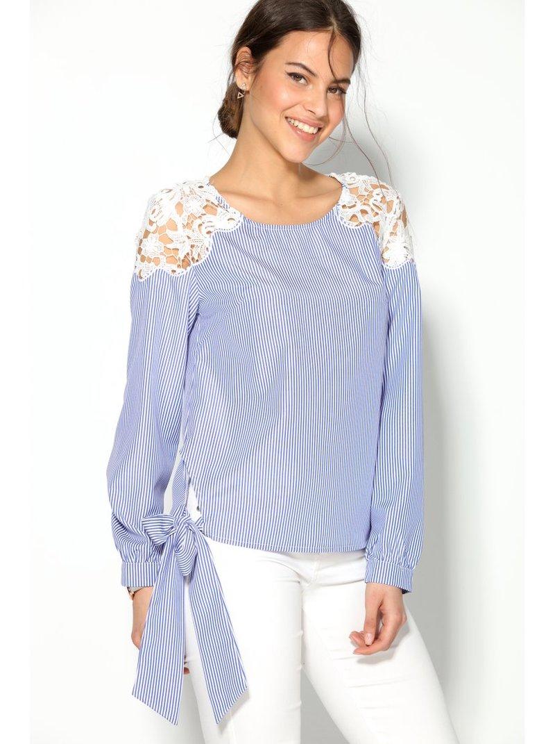 Blusa manga larga rayas con guipur en el hombro y lazada lat