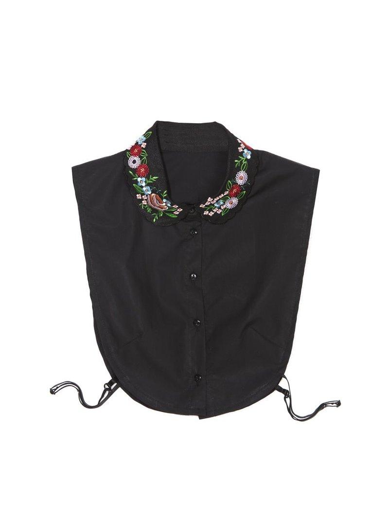 Cuello camisero de algodón con bordado floral