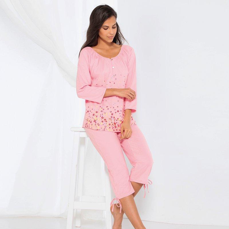 Pijama con motivos florales y pantalón capri