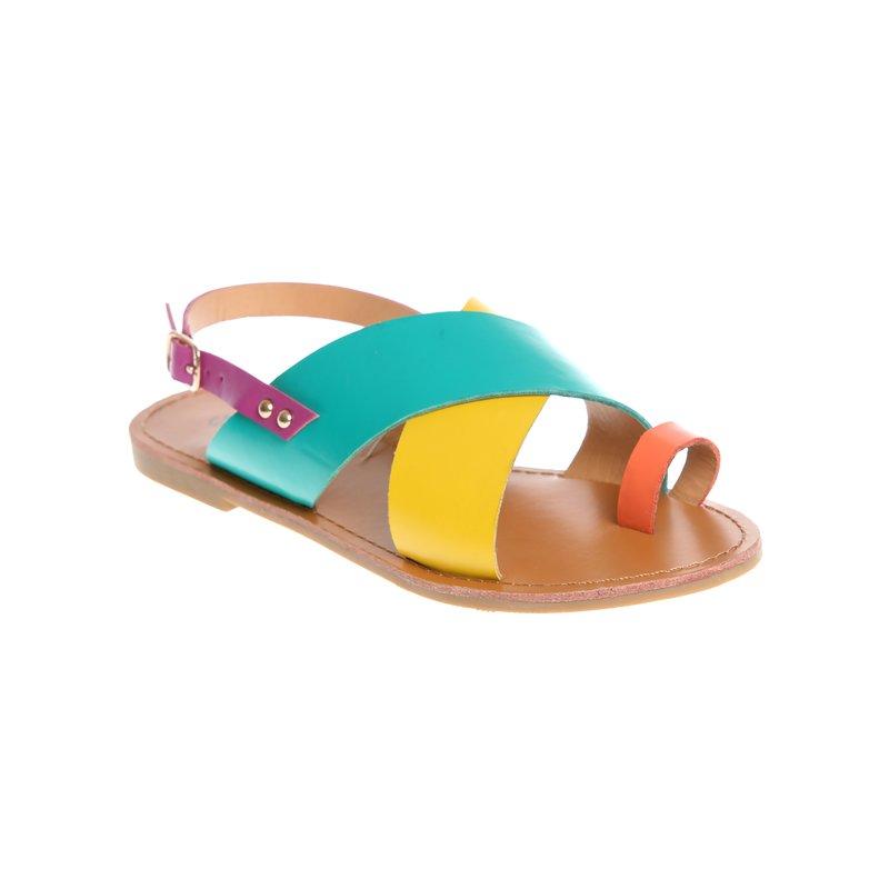 Sandalias planas de dedo con tiras cruzadas