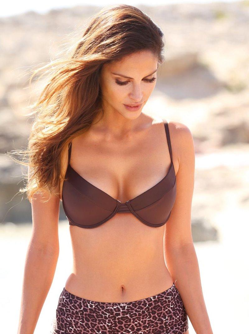 Sujetador bikini liso de copas cortadas con aros