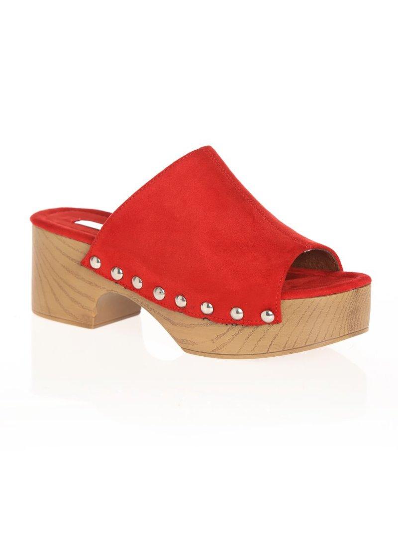 Zapatos zuecos con plataforma con tachuelas