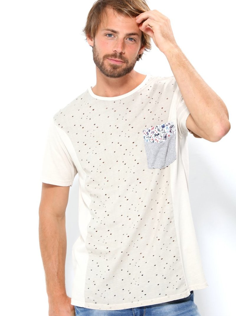 Camiseta hombre con bolsillo estampada