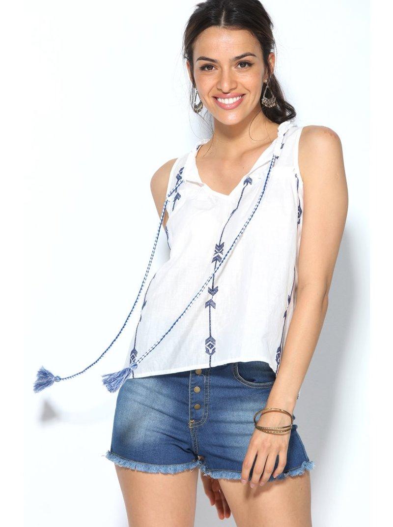 Blusa top sin mangas escote caftán con bordado
