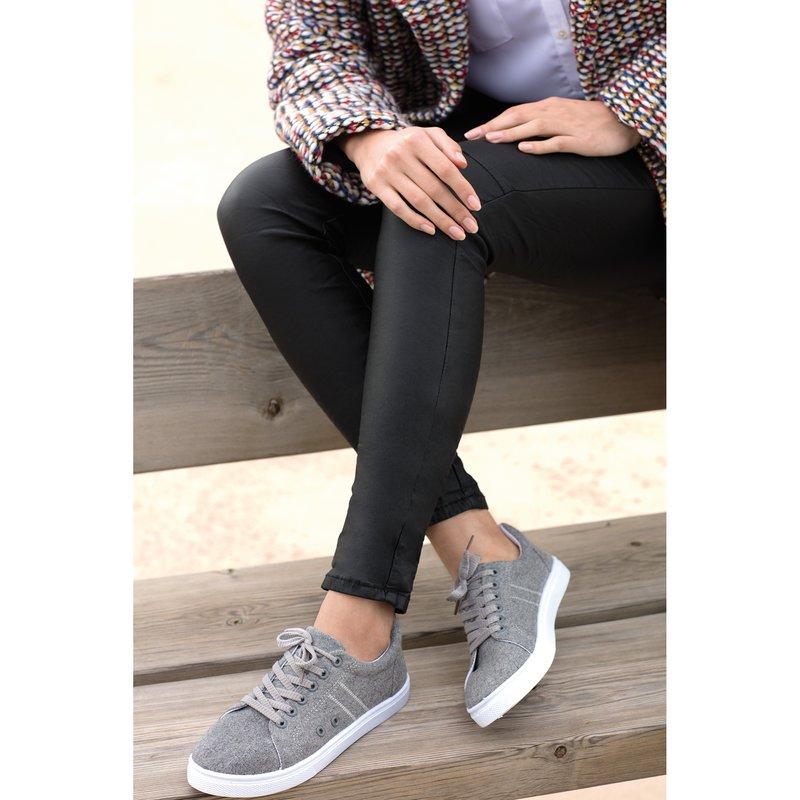 Zapatillas deportivas de fieltro