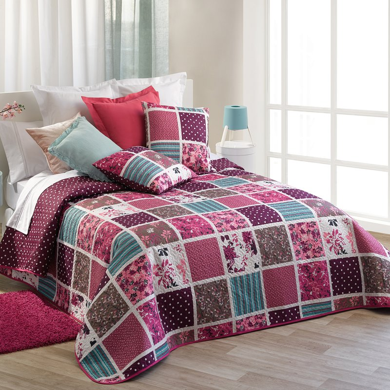 Colcha reversible estampado patchwork