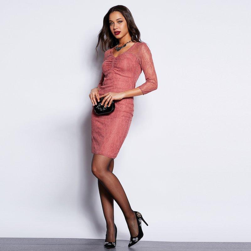 Vestido sexy con encaje semitransparente forrado