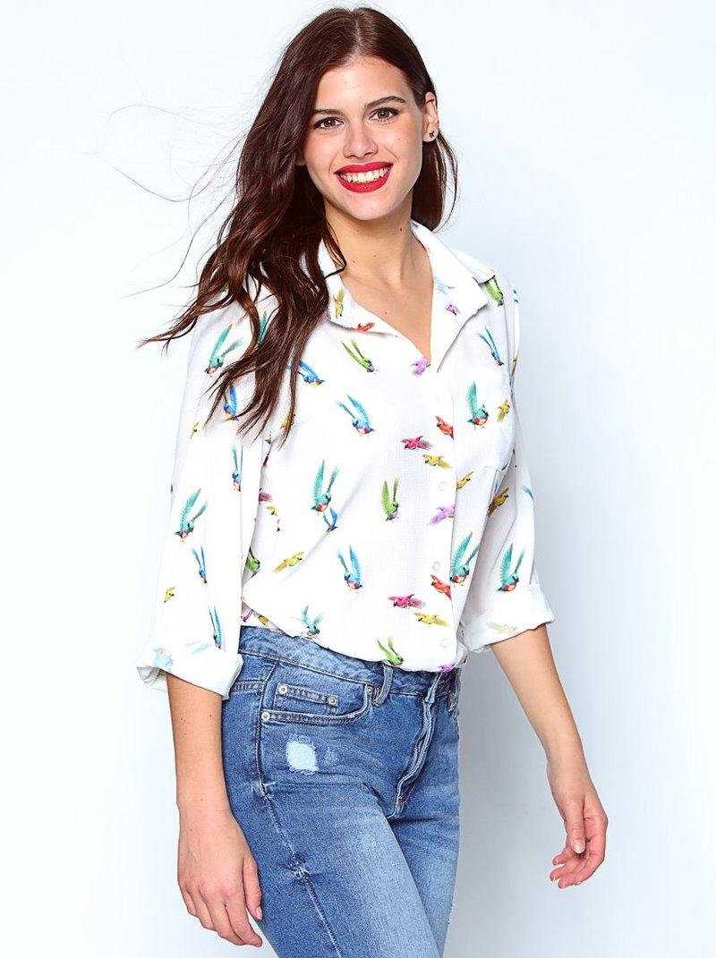 Camisa de crepe con print pájaros de colores