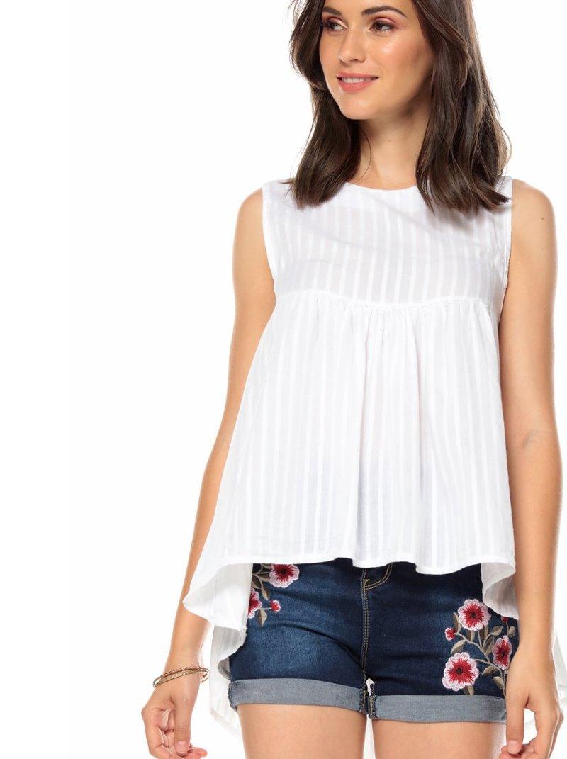 Blusa sin manga voile raya vertical y bajo asimétrico