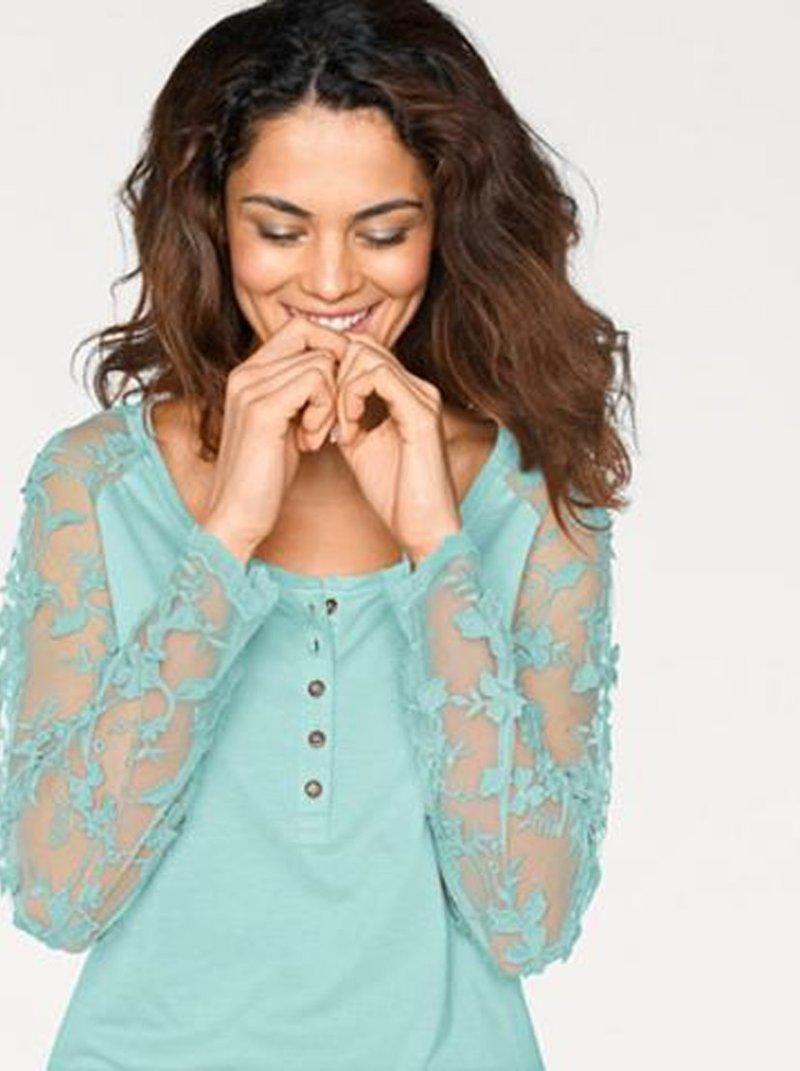 Blusa para mujer con encaje