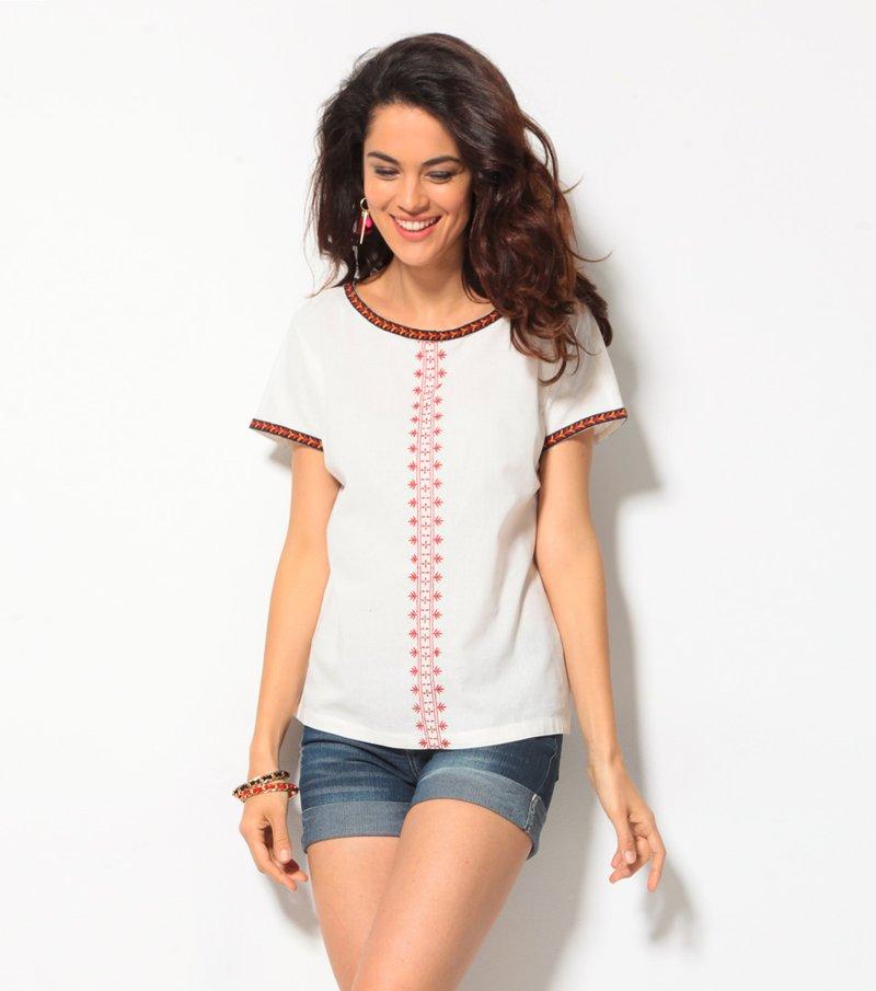 Blusa mujer manga corta con bordado étnico