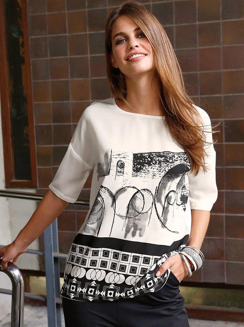 Blusa de crepe mujer con estampado geométrico