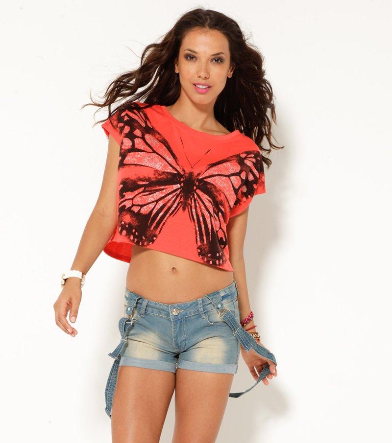 Camiseta mujer crop top mariposa coral