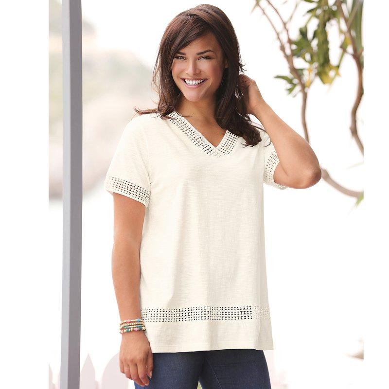 Camiseta mujer con aplicaciones de guipur