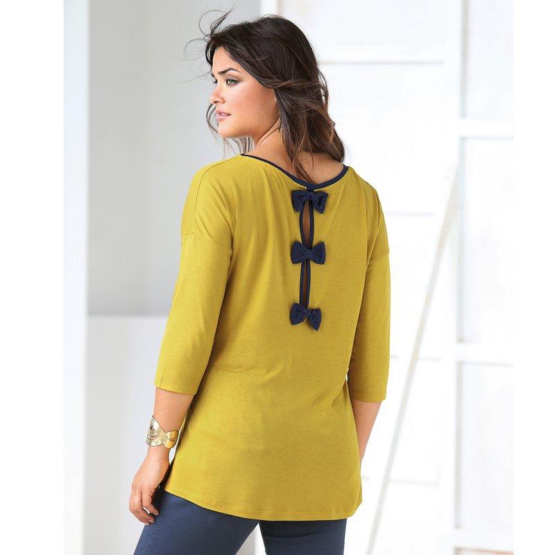 Camiseta de mujer con lazos a contraste en la espalda