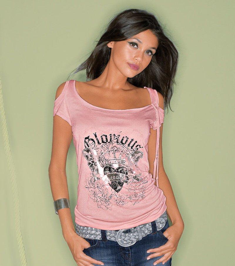 Camiseta minimanga con aberturas