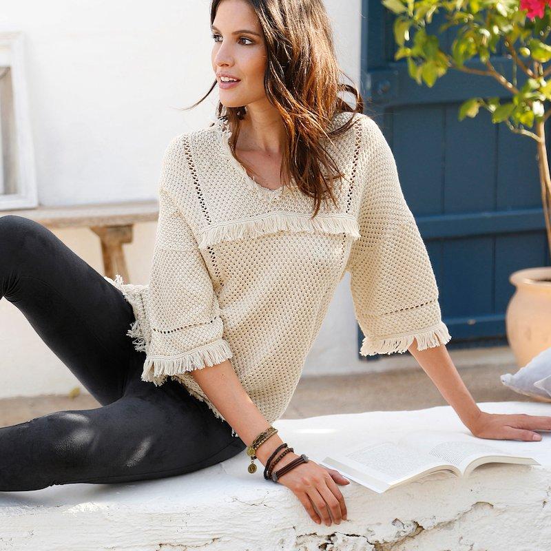 Jersey tricot calado con pasamanería - Beige