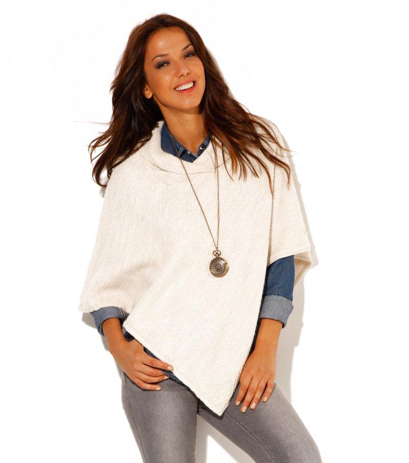 Poncho mujer asimétrico de punto tricot